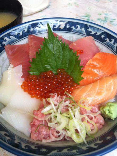 アメ横の海鮮丼